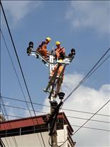 Thương anh thợ điện