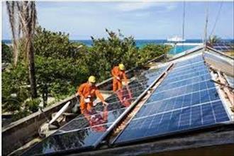 VIDEO: Sản lượng điện mặt trời áp mái đạt hơn 9.800 kWh